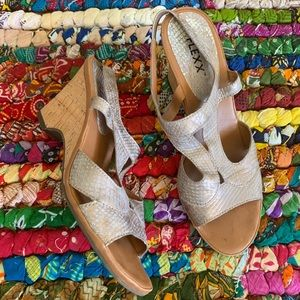 The Flexx Heeled Strappy Sandals Size 9